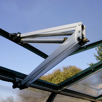 LanitPlast automatický otvírač střešního okna.